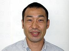 小川  仁
